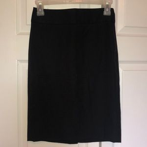 BANANA REPUBLIC PETITE PENCIL SKIRT W/ POCKETS 00